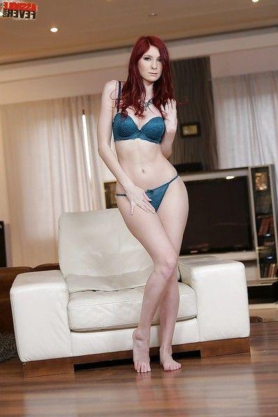 Bikini case Kattie Gold masturbating skinhead twat after stripping undressed