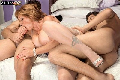 Mature woman assfucked times twoin anal threesome love making act