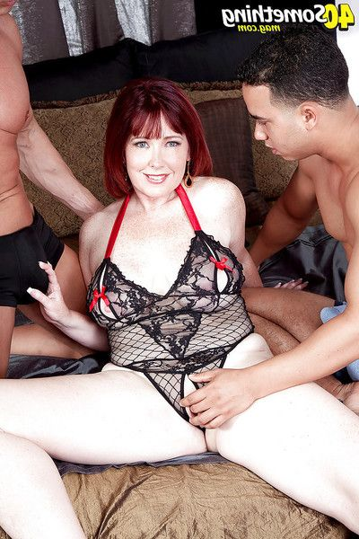 Ripened redhead plumper Heather Barron giving head ahead of double penetration