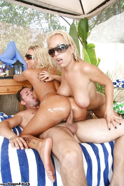 Alluring golden-haired maidens Jessica and Riley share a massive meat pole