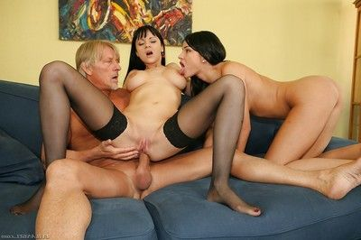 Glamourous european anal sluts have a passioante FFM groupsex