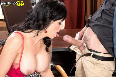 Mature woman angie noir gets some anal opportunity