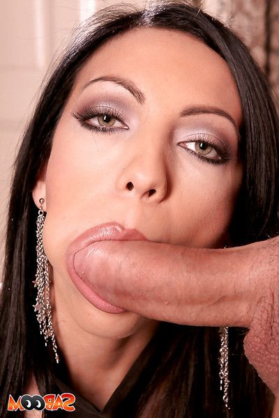 Lusty vixen with pierced tongue gets her holes cocked up and tastes a cumshot