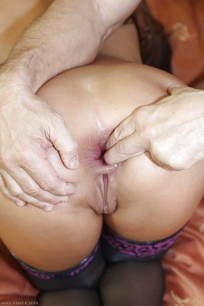 Alison Star enjoys heavy ass fucking and takes a huge load on her face