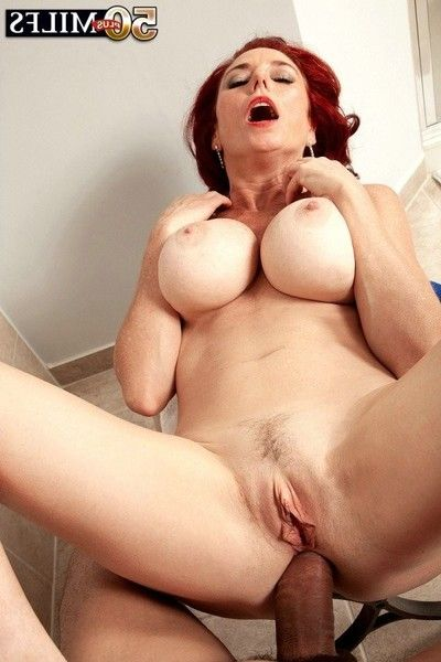 Redhead mature woman anal screwed in baths