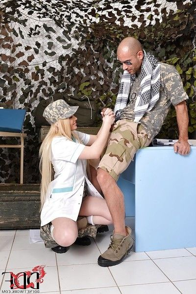Lusty teen blondie gets her taut cherry hole slammed hardcore