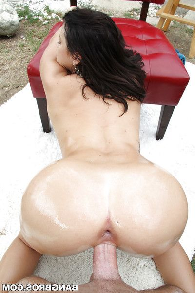 Dark-haired case with nice big boobies is banging in the garden