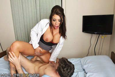 Attractive doctor James Deen gets anal fucked by her studly patient