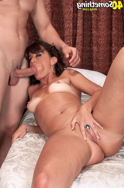 Ripe ruby thompson penetrated in her ass