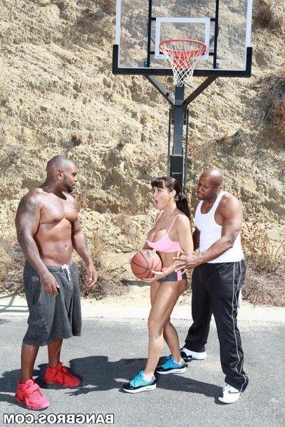 Athletic milf lisa ann double dug by twofold black basketball