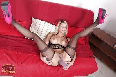 Curvy milf in appealing nylons Klarisa Leone prefers playing with toys