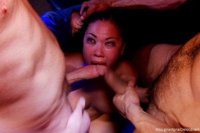 Later on having a shitty shift at the strip club london keyes is frustrated, not ev