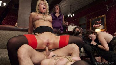 Zoe monroe is actually sexually voracious and shows up to submit with a wet pussy re