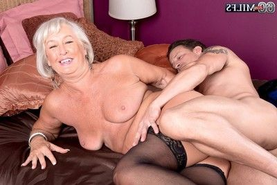 Granny jeannie loves to feel unyielding dick deep in her a-hole