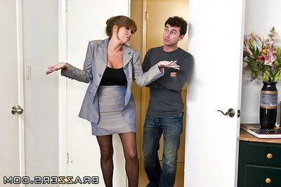 Well endowed sexy mature woman Darla Crane benefits from her fuck hole filled with dick