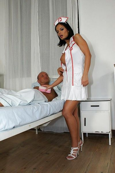 Hot nurse Black Angelica has some anal pounding getting joy with her passionate patient