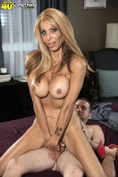 Calm anal images with sexually aroused housewife