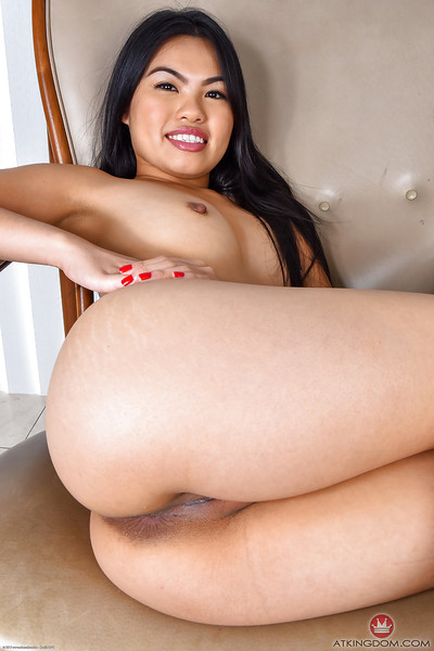 Brunette hair solo hottie Cindy Starfall flashing nifty Oriental anus and smooth on top wet crack