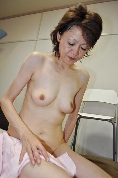 Full-grown eastern lassie Takako Kumagaya purchases booped later on baths