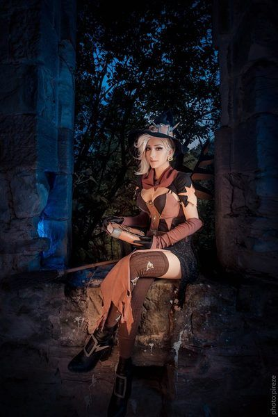 [Knite] Witch Compassion cosplay