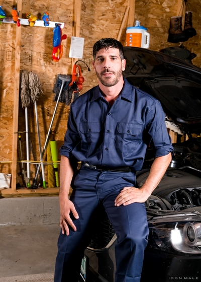 Sam Truitt comes by the shop, but mechanic Tony Salerno is surprised to see him still dressed in his college uniform. Tony tells him to go change, but sadly Sam didn