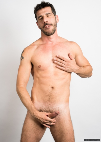 Altar Boy Kory Houston is in training to become a priest, but he fears rejection from the church for bringing men to the bedroom. Wanting to end what he has with parishioner Tony Salerno, Kory has a plan that will allow Tony to keep having sex with other