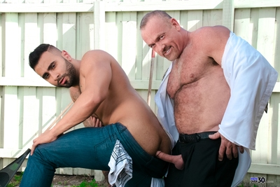 Mickey is address for lunch although a crazy day at the office. He has no time to spare, but when he sees the lawn boy shirtless and sweaty, all other priorities are put on hold. He whips his schlong out, and when Rick notices, his domestic services are p