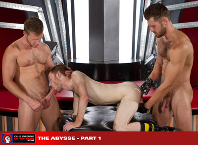 Toned and scruffy Jacob Peterson and Brian Bonds switch spit, literally, as Seamus O