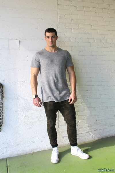 Today we have a fresh fresh recruit who is very prepared to show his glamorous body off. Scott is 23 6 foot 1 and 225 pounds of hot lean muscle. Hopefully u guys like him because it would be amazing to see him fuck some of our soldiers or greetings maybe