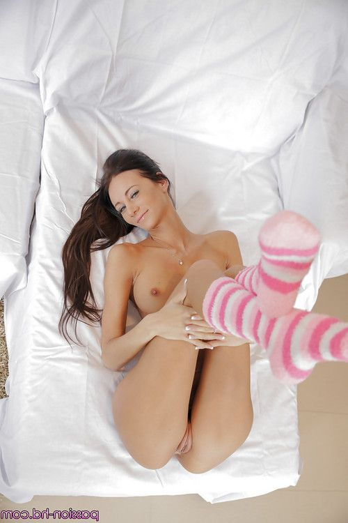 Euro darling Eveline Neil showing of sexy ass in socks before stroking