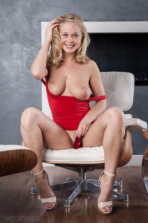 Cute juvenile Sarika A lifts red dress for outdoor naked upskirt & masturbates