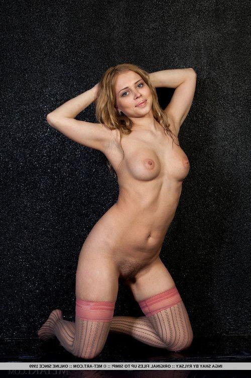 Inga shay spreads her legs