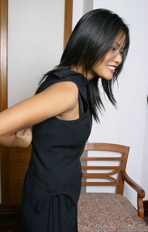 Asian first timer loosing big natural bazookas and ass from lingerie