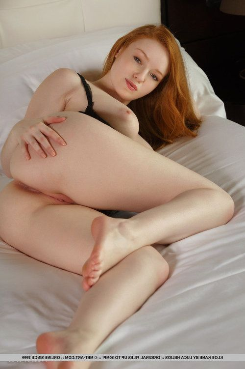 Alluring redhead Kloe Kane displaying hairless young girl vagina