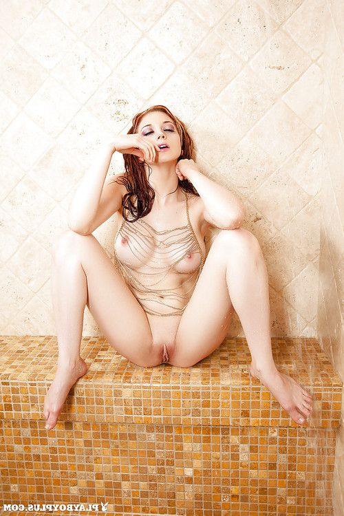 Playboy pattern Chandler South stretches her juicy snatch in the shower-room
