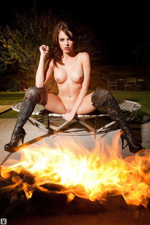 Foxy brunette Bethanie Badertscher showcasing her perfect body outdoor