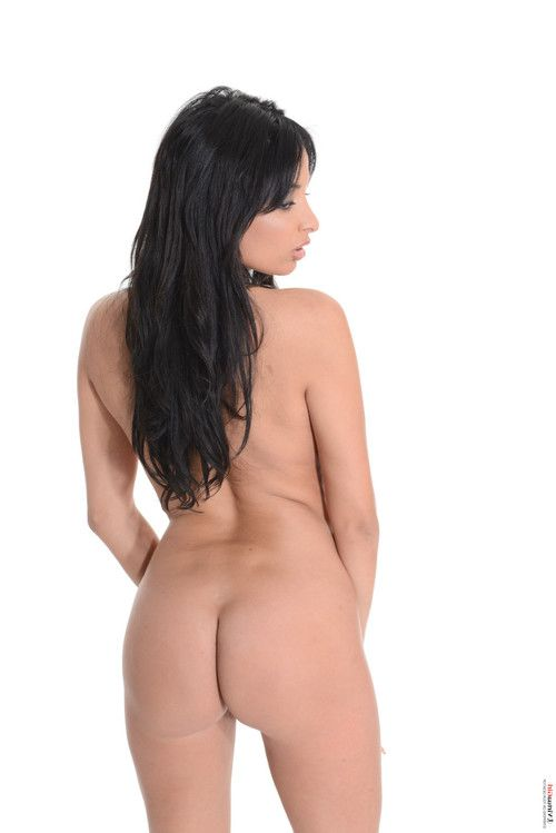 Anissa kate red velvet cake