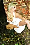 Horny beauty Dannii Harwood has been caught outdoors again, but this time shes giving you a private fotos of her green and smoking sexy white lingerie, although it wont be hope previous to she sets up getting it all off!