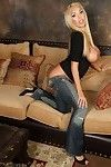 Sexy busty blonde pornstar, Mary Carey, looks so hot in her jeans and black top. That babe removes clothes down revealing her amazing big tits and smooth juicy pussy.