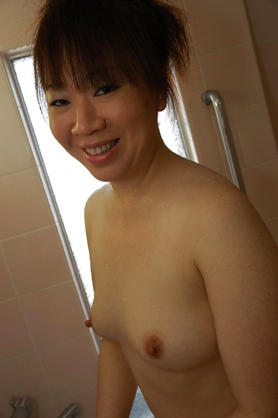 Eastern MILF Junko Takeyama heavenly shower-room and teasing her  gash