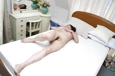 Chinese MILF Miki Ohnuma vibes her  cum-hole and enjoys hardcore astonishingly