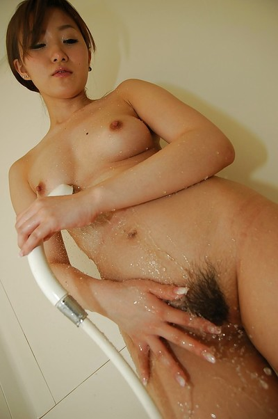 Eastern princess Shiho Kitahara lovely bathroom and teasing her hirsute gash