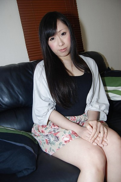 Shy oriental amateur getting as was born and having some uterus fingering liking