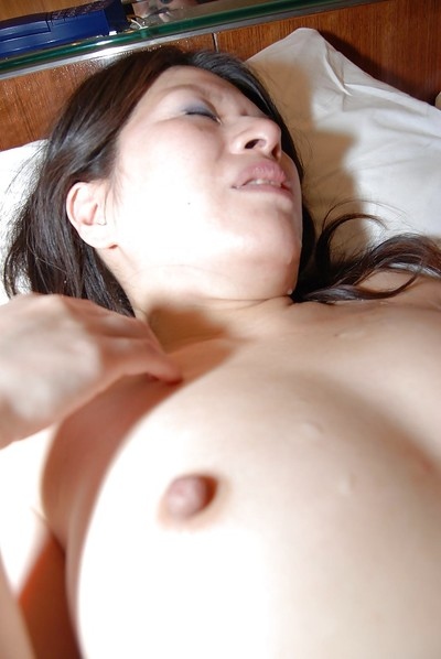 Chinese MILF Kaoru Shiojima gains her unshaven uterus vibed and cocked up