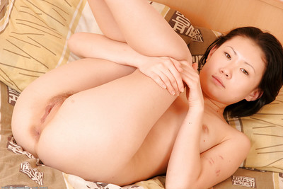 Chinese adolescent Dia wakes up from sleeping to undress without clothes for undressed view