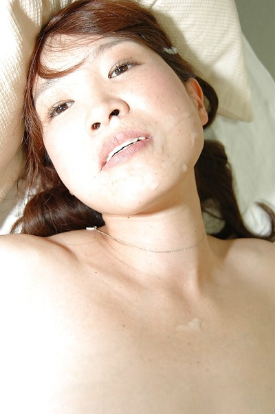 Chinese MILF Takako Yanase receives screwed and takes a stream of cum on her face