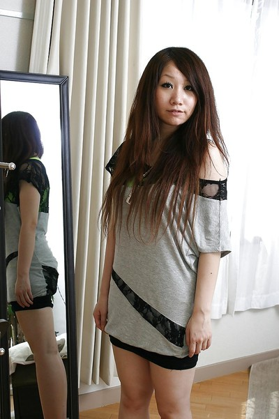 Shy eastern doll Rie Noguchi sluggishly uncovering her charismatic bends over