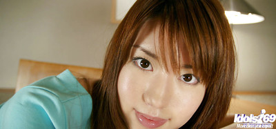 Appealing eastern darling Nanami Wakase uncovering her wobblers and unshaven slit
