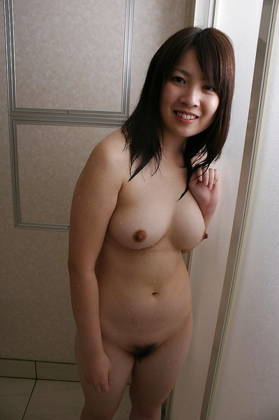 Momo Akiyama