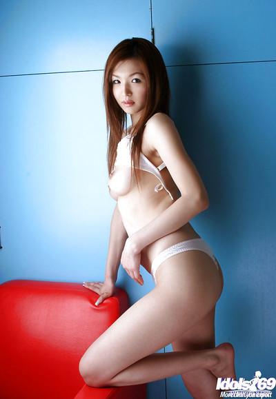 Surprising Chinese adolescent model slipping off her lacy underclothes and posing without clothes